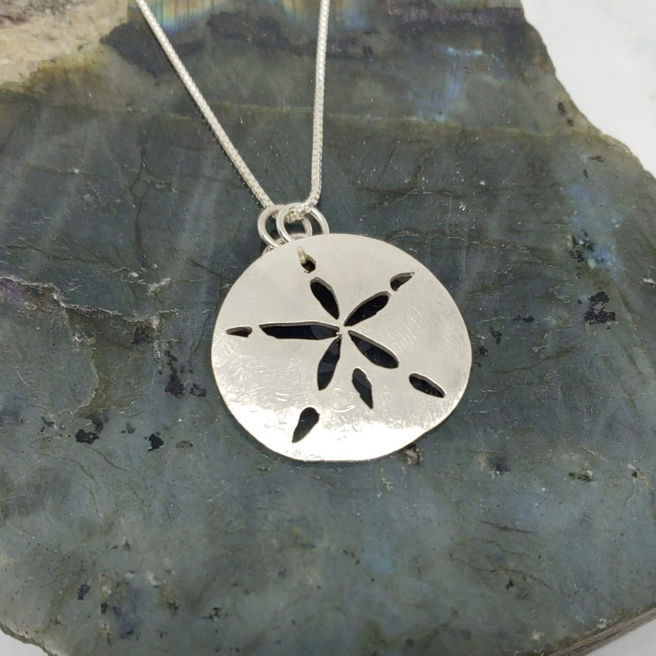 Picture of sanddollar necklace
