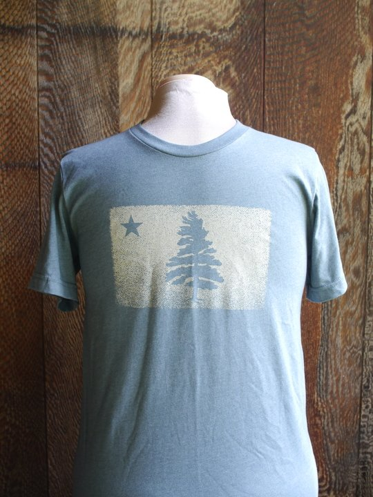 1901 Maine Flag t-shirt with distressed image